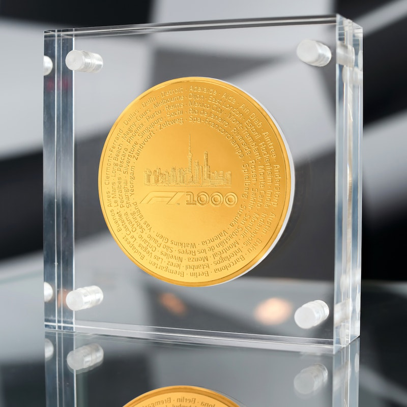 Formula 1<sup>®</sup> 1000 100 oz Gold Coin