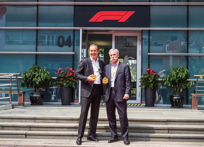 Rosland Capital Commemorates Milestone 1000th Formula 1™ GRAND PRIX with Special Edition 1kg Gold Coin